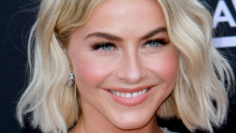 Julianne Hough with short waves