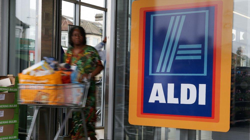Aldi shopper