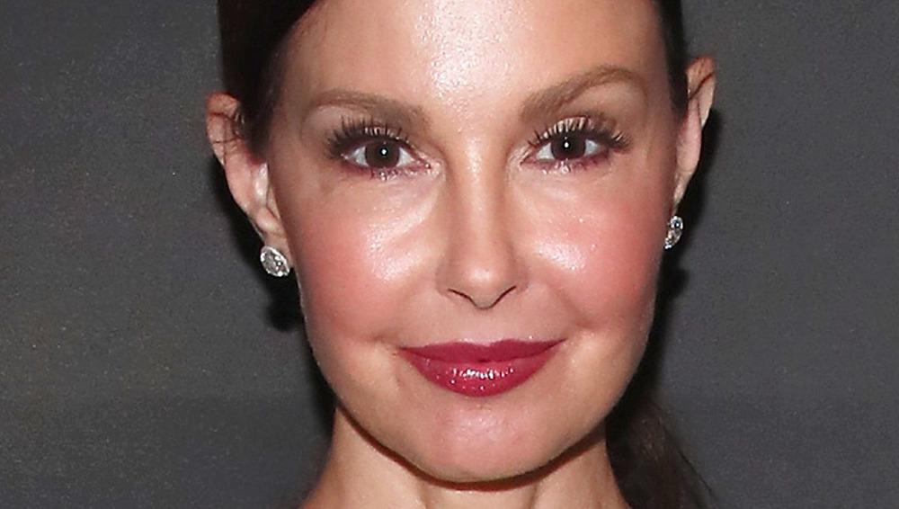 Ashley Judd smiling