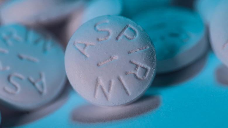 Pile of aspirin tablets