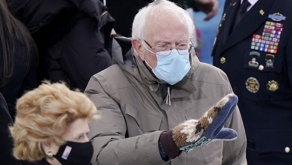 Bernie anders' Inauguration Day mittens