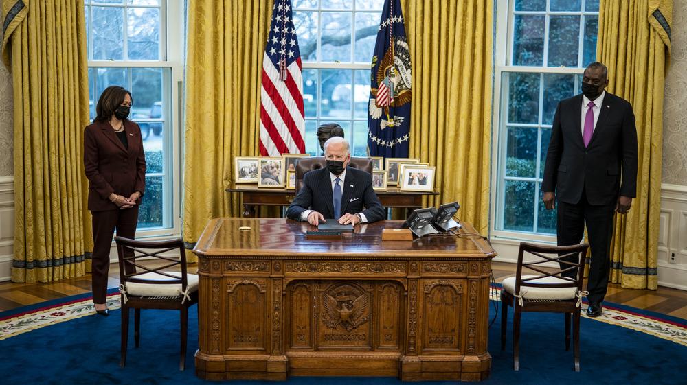 Joe Biden signs executive order