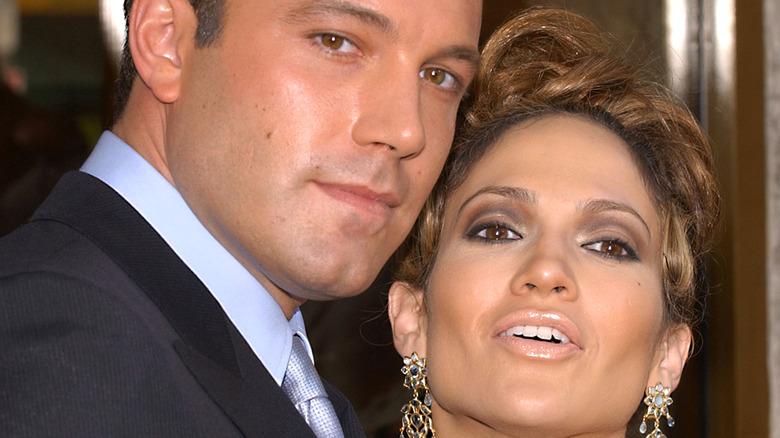 Ben Affleck and Jennifer Lopez posing together