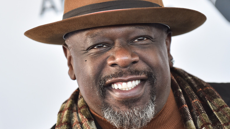Cedric the Entertainer in a hat