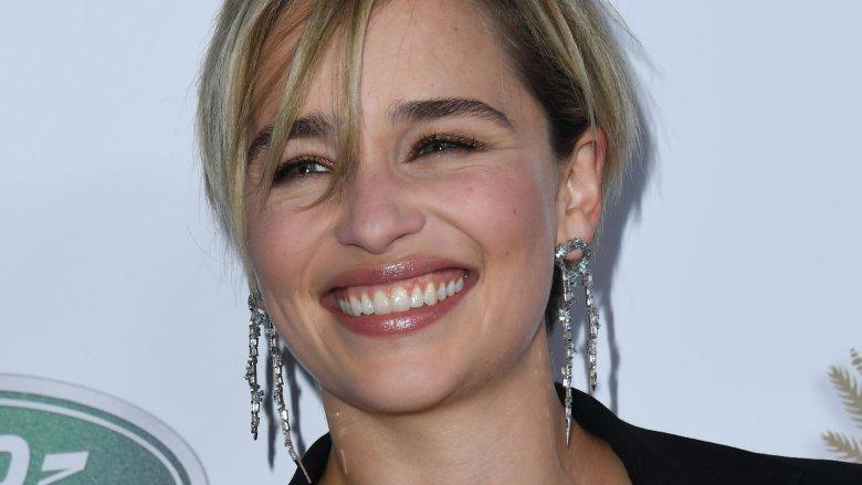 Emilia Clarke haircut