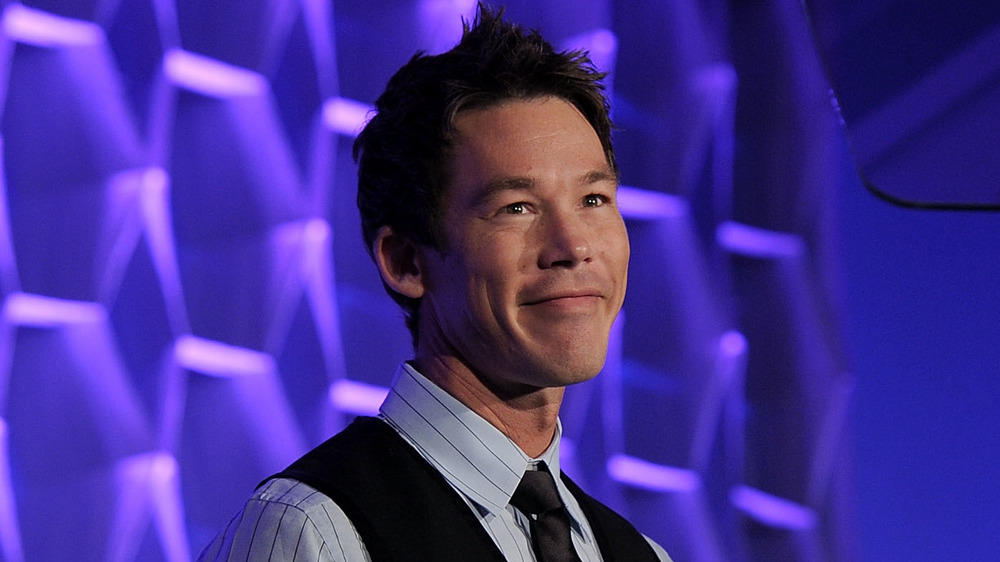 David Bromstad speaking at an event