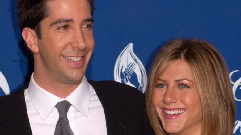 David Schwimmer and Jennifer Aniston  smiling