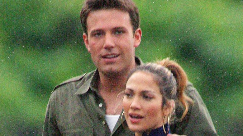 Ben Affleck, Jennifer Lopez walking in public