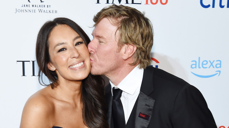 Fixer Upper stars Chip and Joanna Gaines