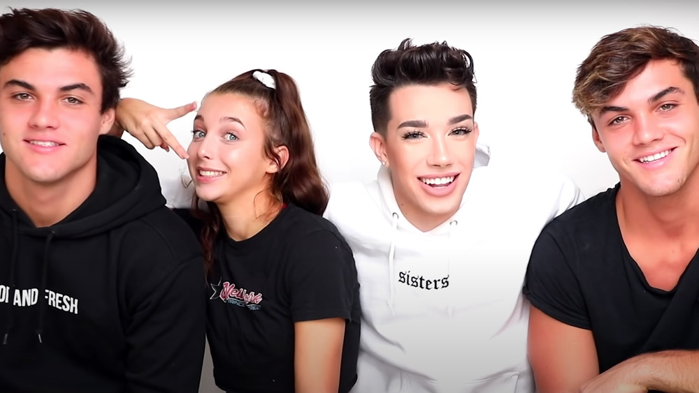 The Sister Squad (James Charles, The Dolan Twins, and Emma Chamberlain) shoot a YouTube video together.