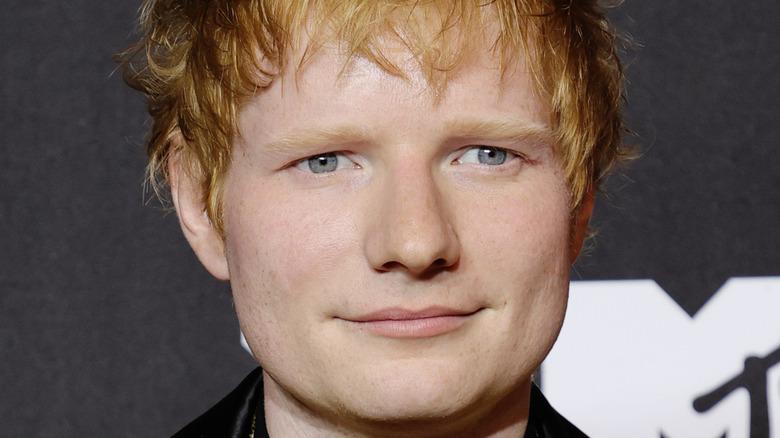 Ed Sheeran posing for a picture at the VMAs