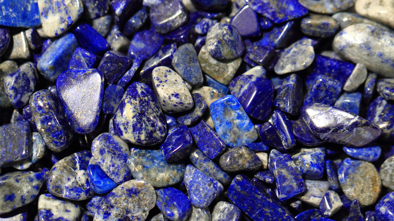 Pile of lapis lazuli crystals