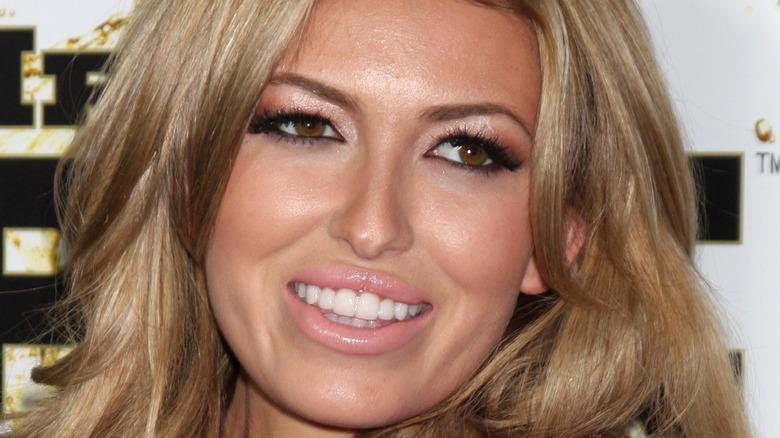 Paulina Gretzky smiling