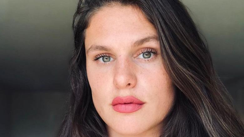 Ilona Maher posing