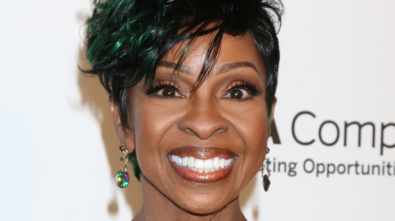 Gladys Knight smiling on red carpet