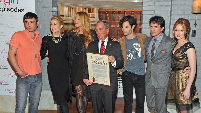 Gossip Girl ensemble with Michael Bloomberg
