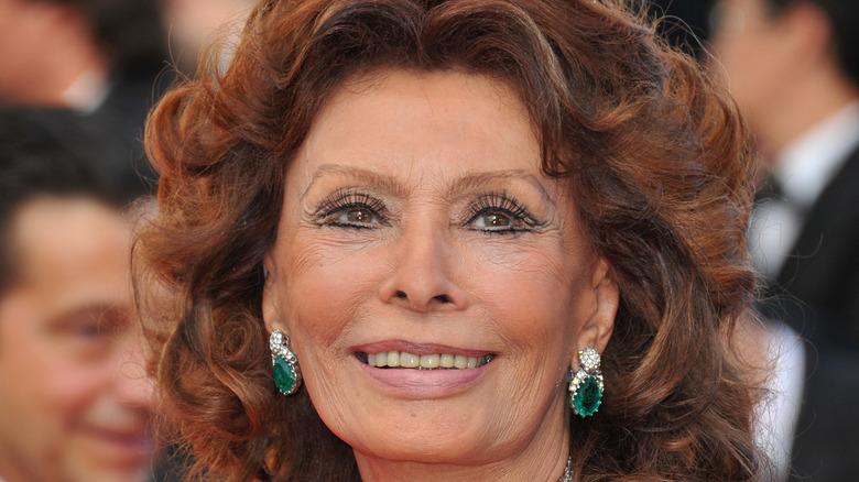 Sophia Loren smiling at an event