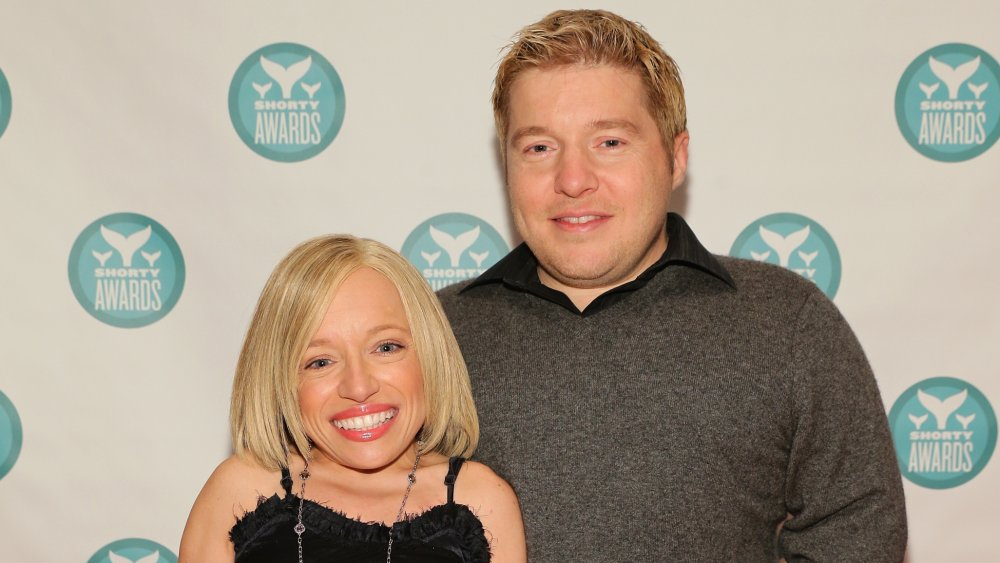 Bill and Jen from The Little Couple