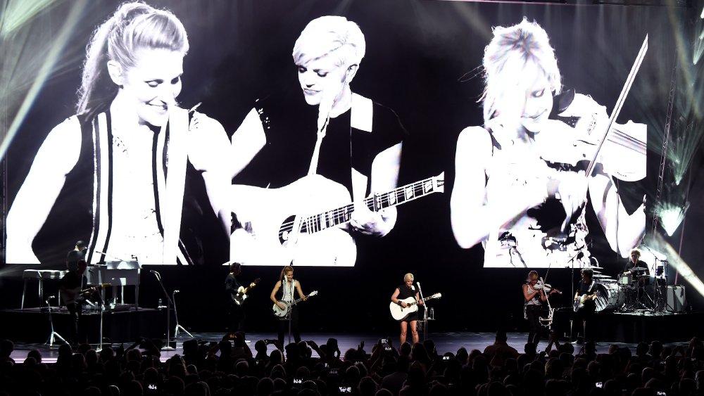 Chicks onstage
