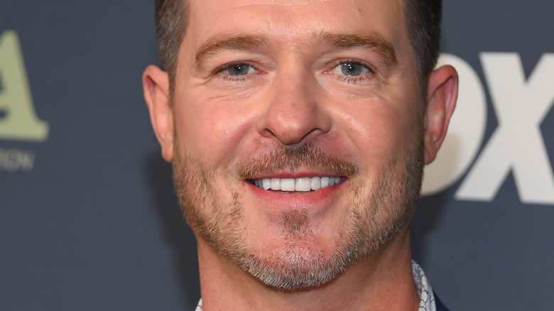 Robin Thicke smiles