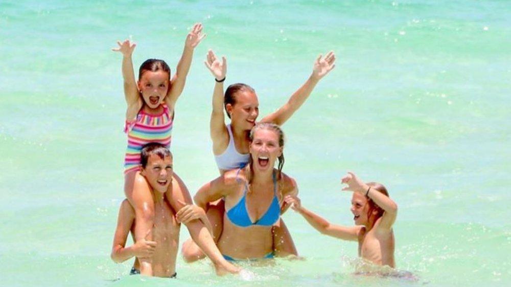 Renovation Island star Sarah Baeumler with her kids