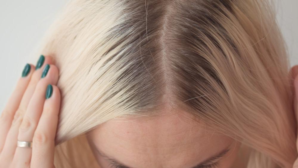 Woman's hair part