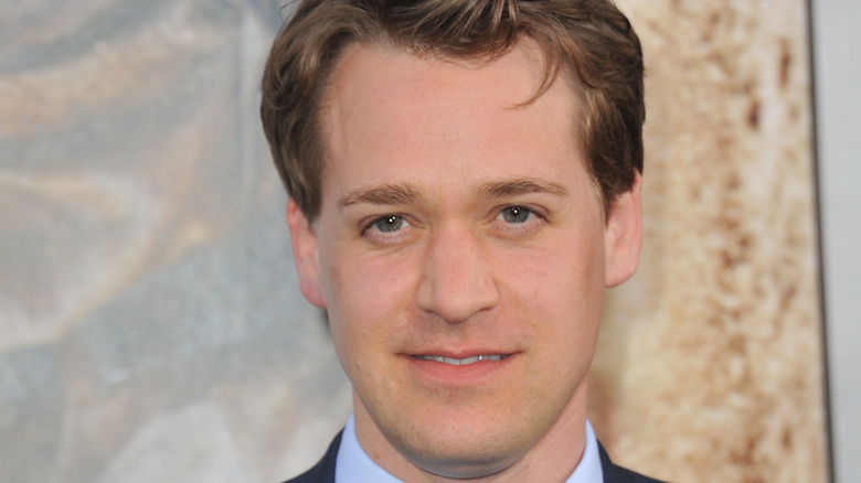 T.R. Knight poses the red carpet