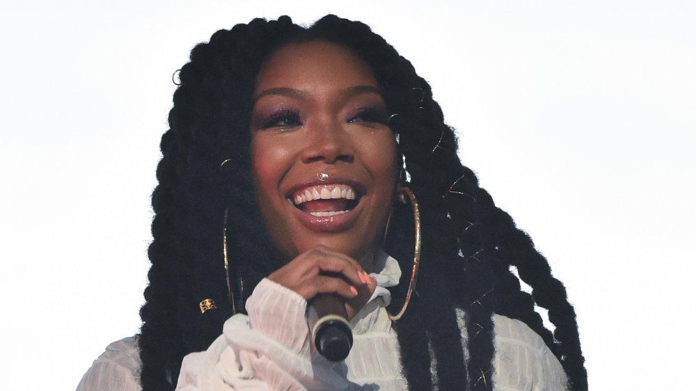Singer Brandy wears her hair in Marley twists