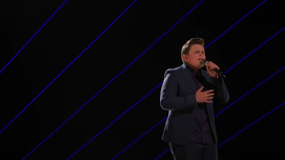 Carter Rubin performing on The Voice