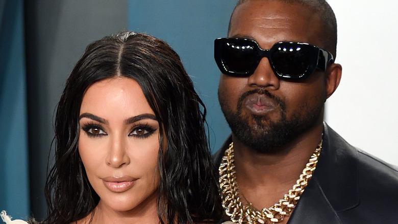 Kim Kardashian, Kanye West posing