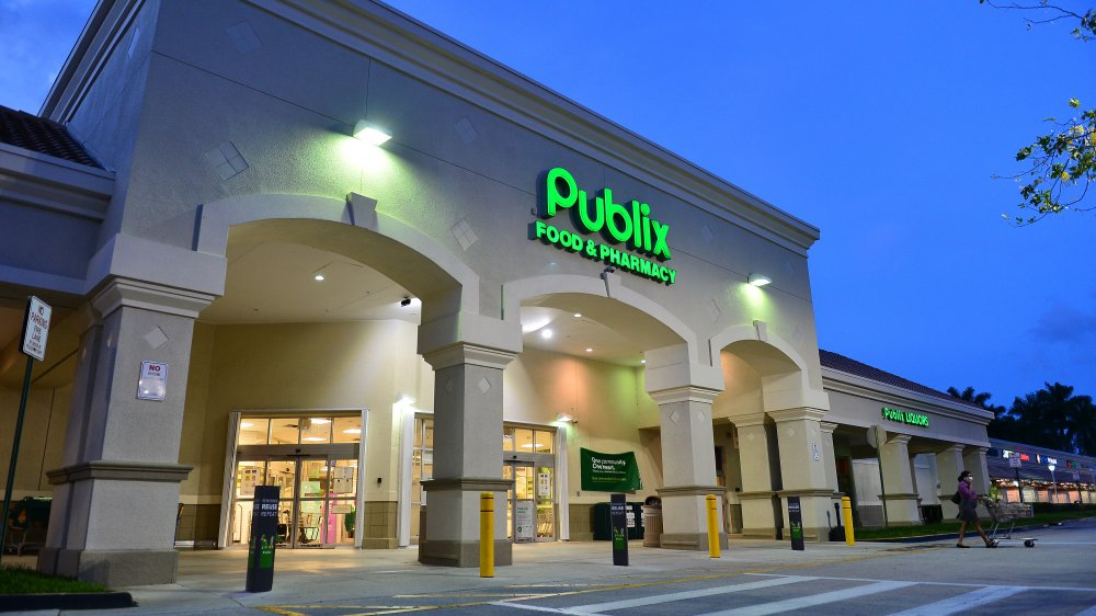 Publix grocery store
