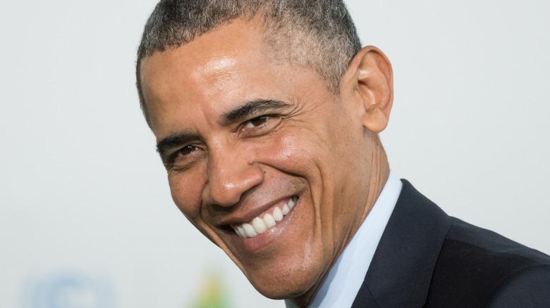 Barack Obama singing