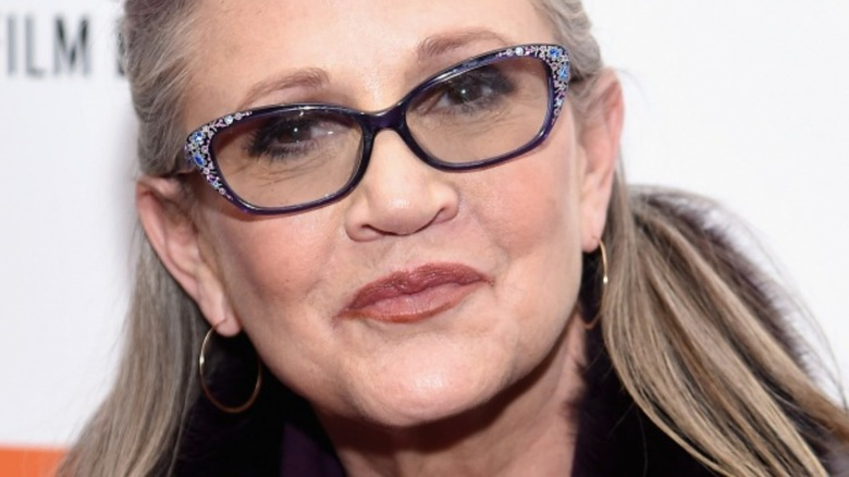 Carrie Fisher smiling at event