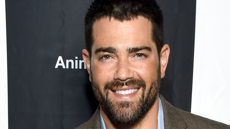 Jesse Metcalfe on the red carpet