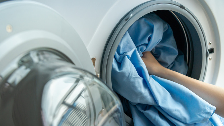 Washing blue sheets