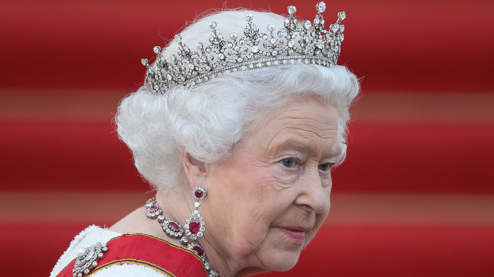 Queen Elizabeth on red carpet