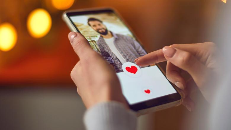 Online dating profile via phone