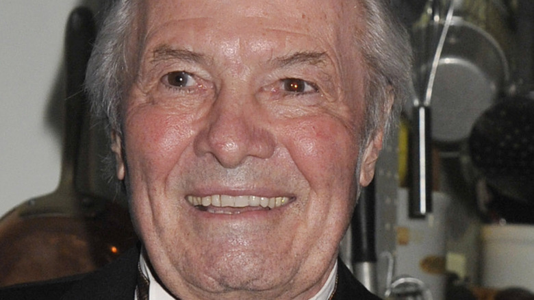 Jacques Pépin at an event.