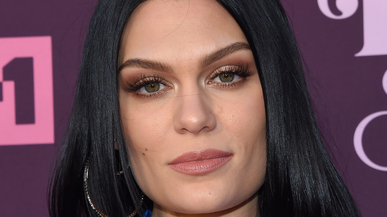 Jessie J poses on the red carpet