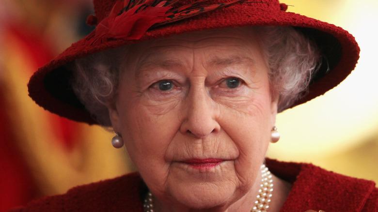Queen Elizabeth looking away from camera