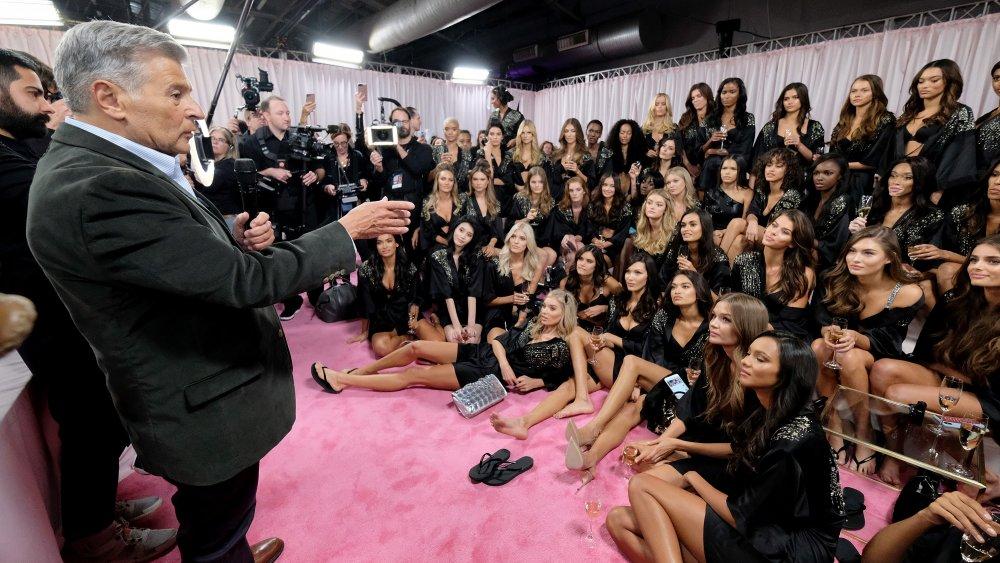 Former CMO Ed Razek addressing a group of Victoria's Secret models