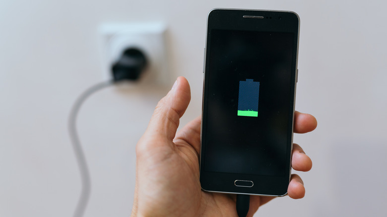 Charging your phone overnight is not bad for your cellphone