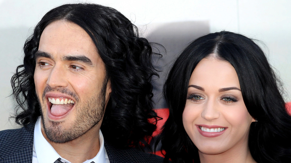 Russell Brand and Katy Perry posing