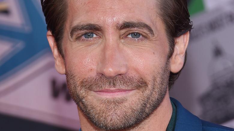 Jake Gyllenhaal posing