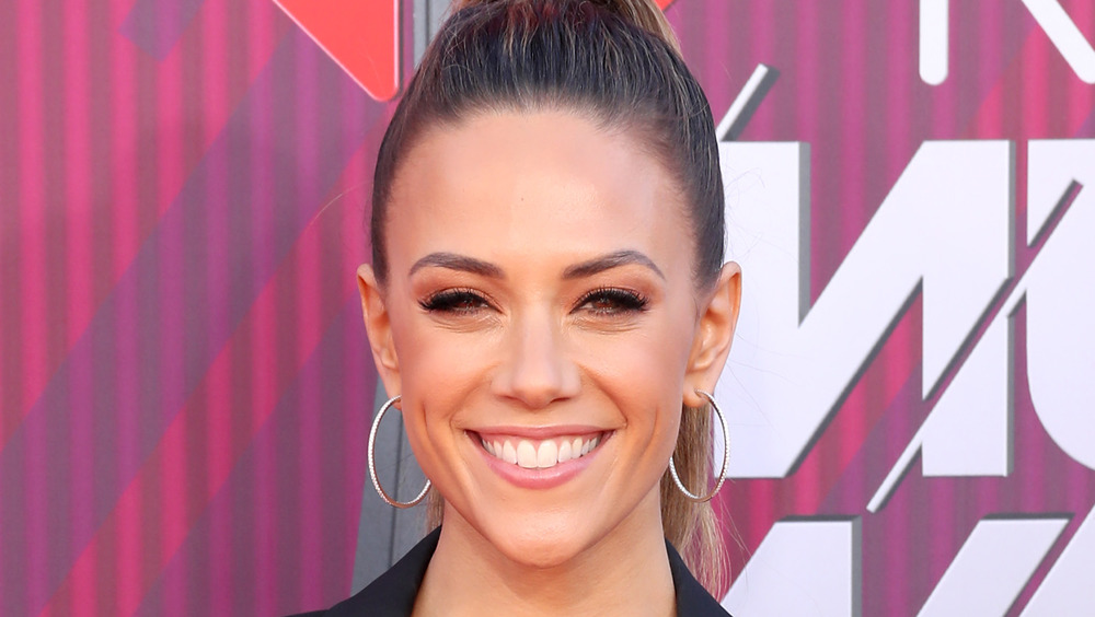 Jana Kramer attends the 2019 iHeartRadio Music Awards.
