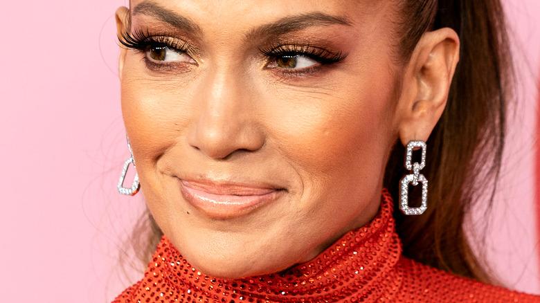 Jennifer Lopez smiles for cameras