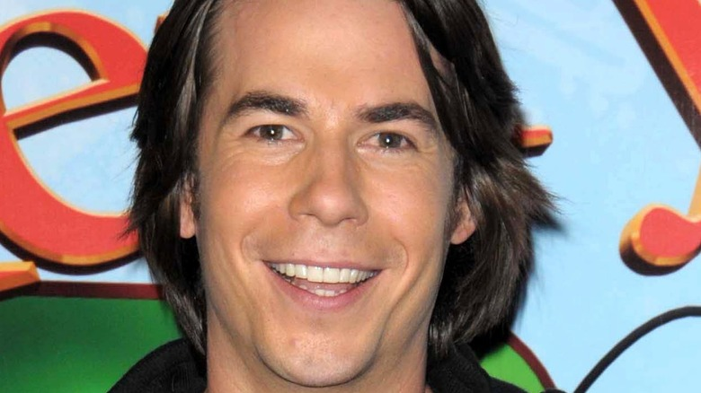 Jerry Trainor posing at event