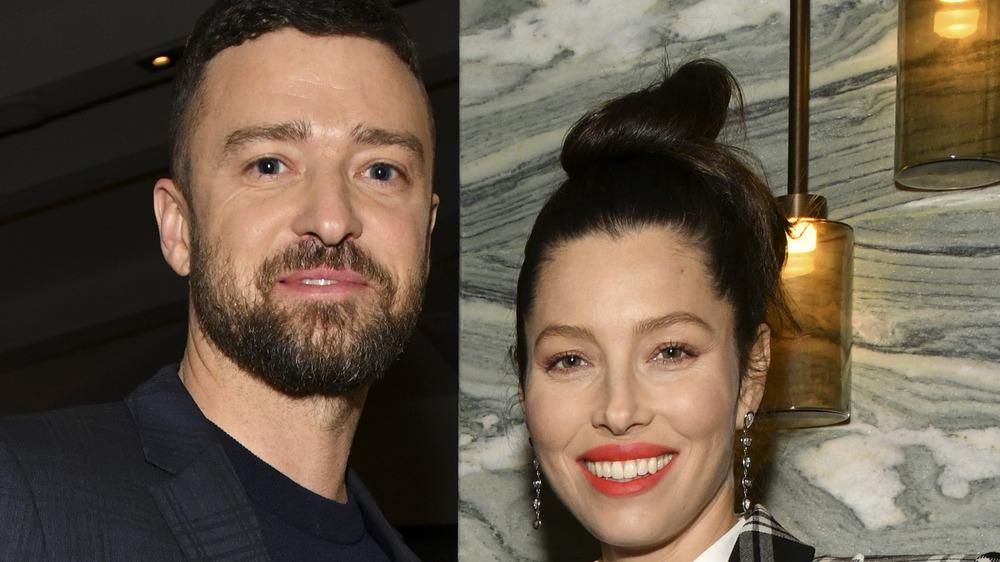 Justin Timberlake and Jessica Biel pose together