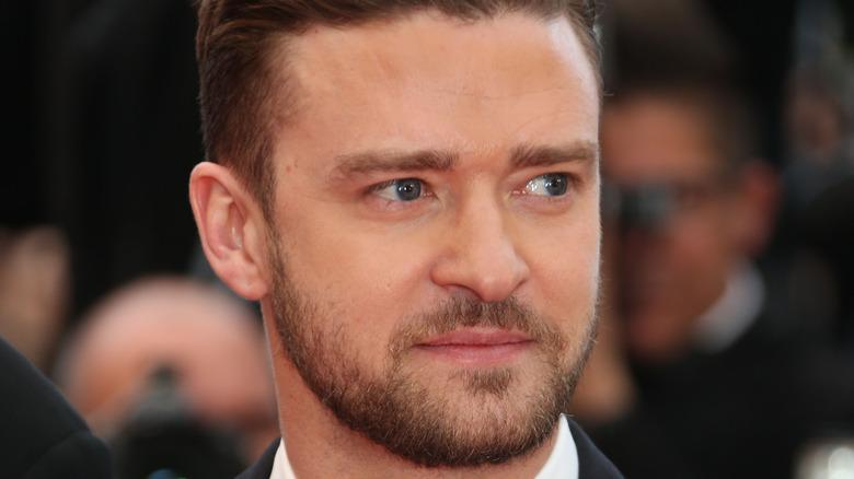 Justin Timberlake wears a tux