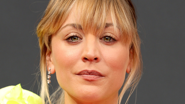 Kaley Cuoco posing on red carpet at 2021 Emmy Awards